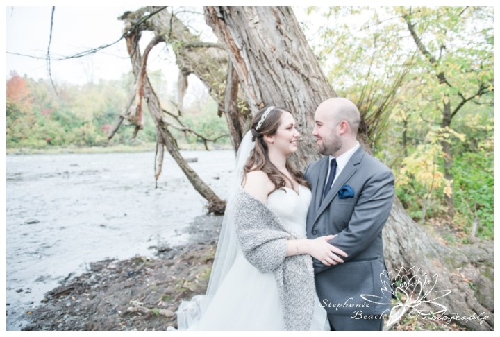 Hogs-Back-Park-Wedding-Stephanie-Beach-Photography-bride-groom-portrait-river