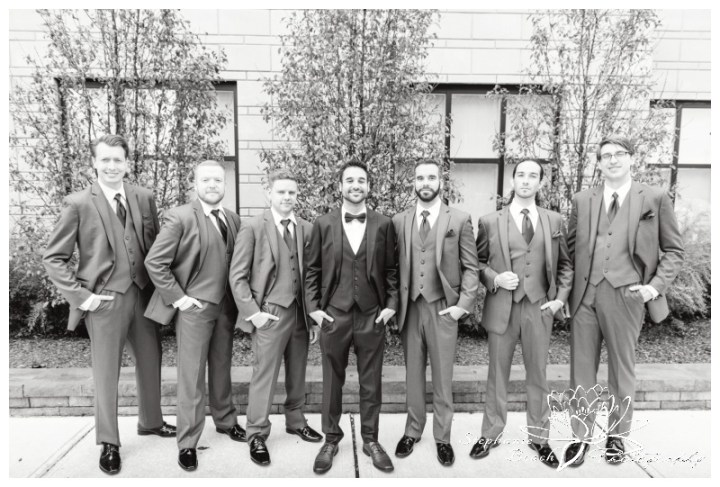 Strathmere-Lodge-Wedding-Stephanie-Beach-Photography-groom-portrait-groomsmen