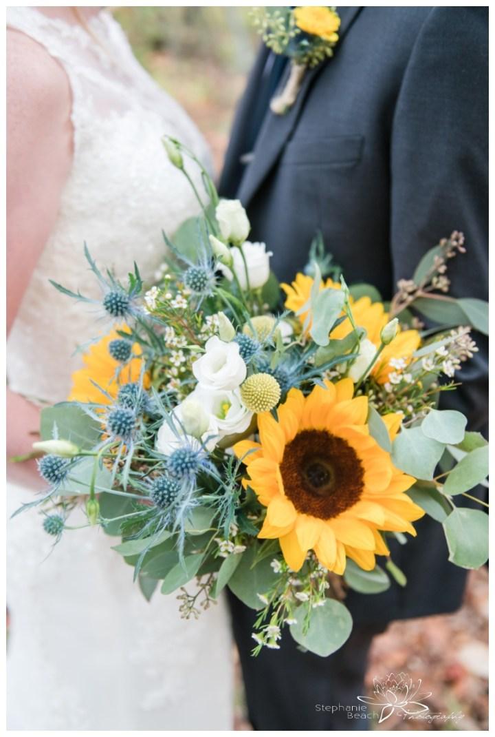 Ottawa-Fall-Backyard-Wedding-Stephanie-Beach-Photography-sunflower-bouquet