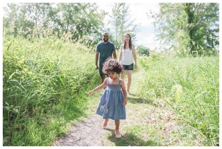 Ottawa-Petrie-Island-Lifestyle-Family-Session-Stephanie-Beach-Photography