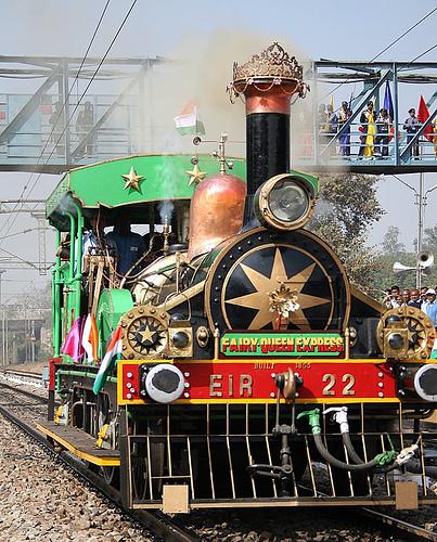 fairy queen locomotive luxury train india