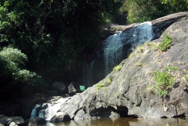 Lakkom Waterfalls Eravikulam Stream