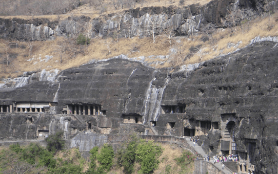 Patal Bhuvaneshwar Cave Temples – A Treasure Cove of Ancient Lores, Legends and Mystery