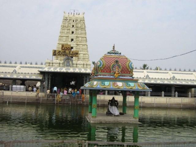 Sri-Varasiddhi-Vinayaka-Temple-in-Kanipakam-1