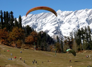paragliding-in-himachal3