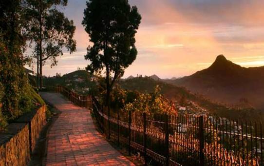 A memorable evening at Kodaikanal's Coakers Walk
