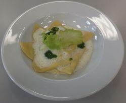 Ricottaravioli mit Weißweinschaum