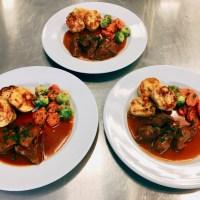2. Studienjahr Praxis Ernährung/Schmoren - für zartes Fleisch und kräftige Sauce (KW 48)