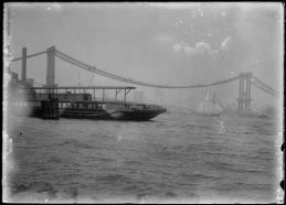 Photo: Manhattan Bridge Under Construction, 1905, Brooklyn Historical Society