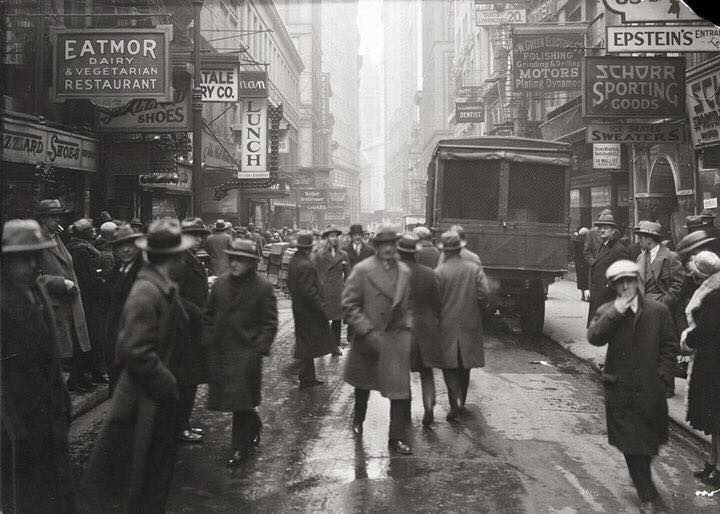 nassau-street-looking-south-from-fulton-street-march-3-1926-nyc-municipal-archives
