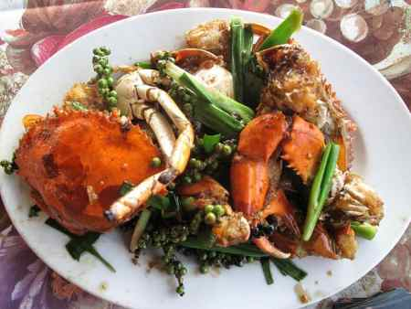 Fried Crab with Green Peppercorn