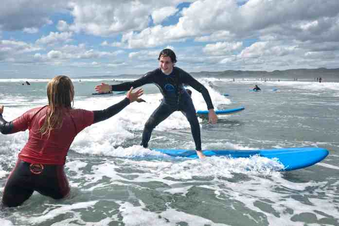 Raglan Surf School surf lesson - Stray New Zealand