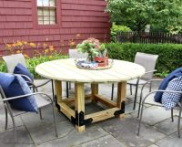 DIY: How to Build a Round Outdoor Dining Table - Building ...