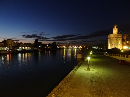 Gualdalquivir River and Torre de Oro
