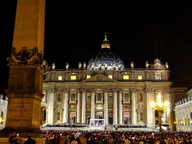 VaticanAtNight_Walsh_photo7