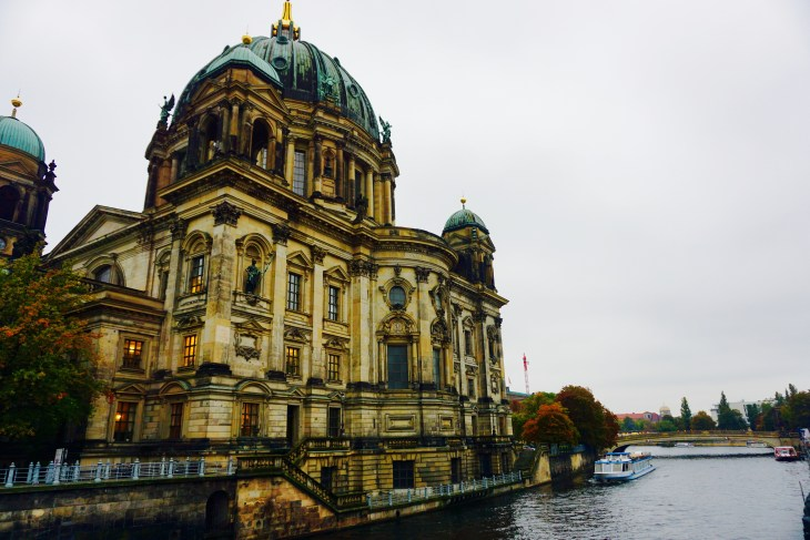 A glance at the Berlin Cathedral from the Spree river.