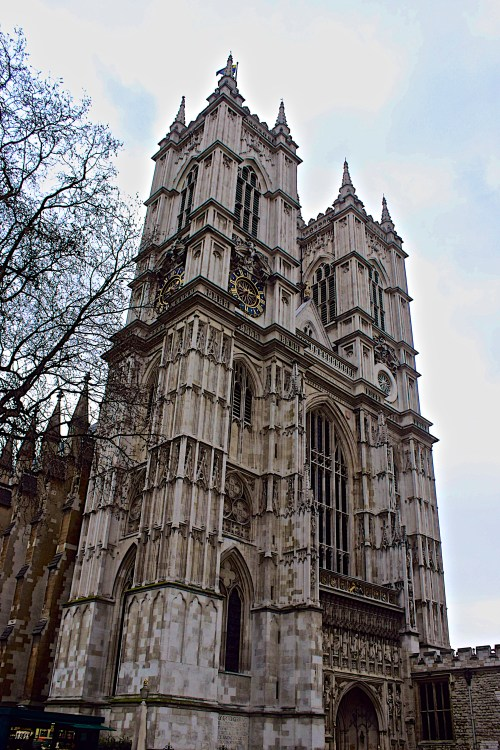 Westminster Abbey. One of 3 iconic sights to see on your South Bank Walk.