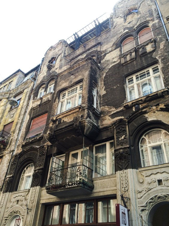 Building, Budapest, McKenzi - 7