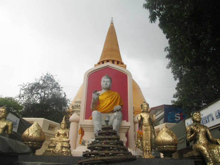phrapathomchedi_nakornpathom_thailand_natalieschunk_photo2