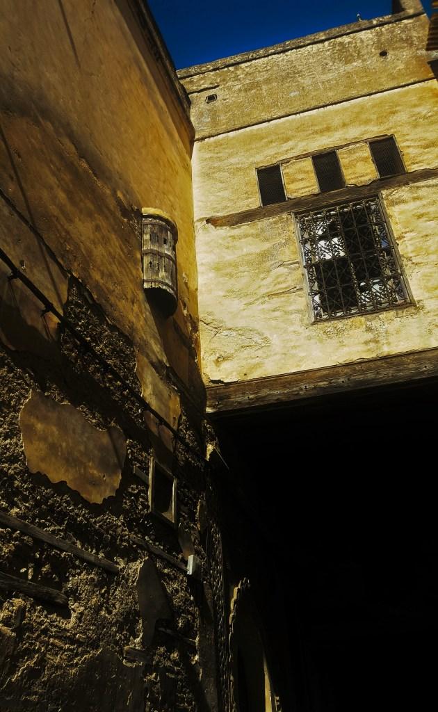 womengcos-window-_meknes_morocco_madelinequasebarth