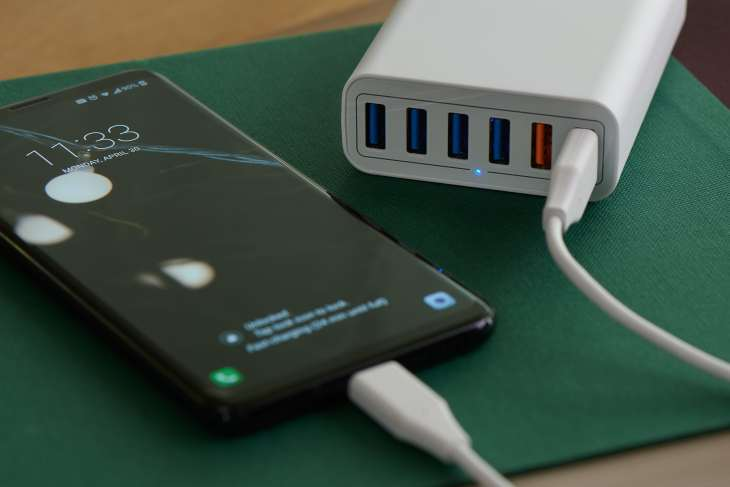Iphone polugged in to a USB charging station