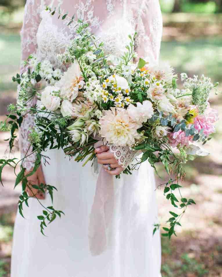 spring wedding inspiration and ideas pastel bouquet for bride flora and fauna studio i do