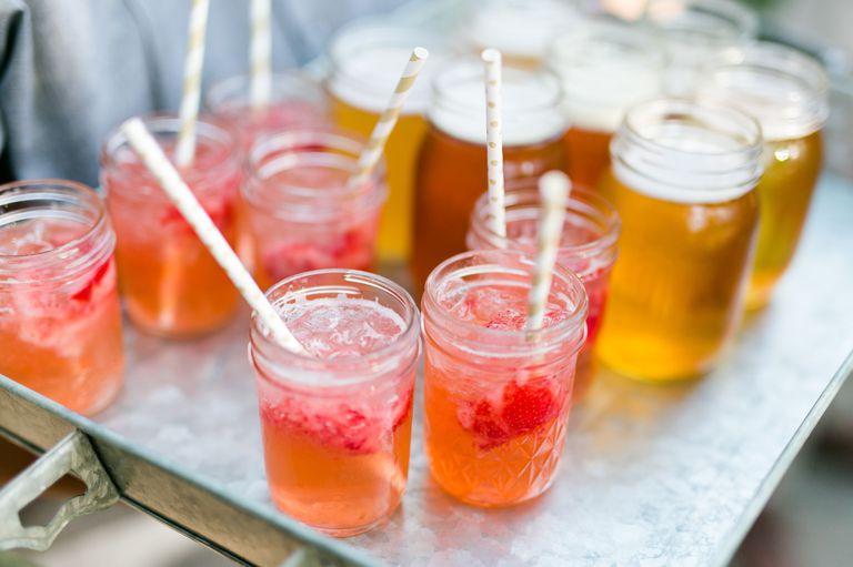 spring wedding inspiration and ideas mason jar cocktails kaysha weiner studio i do