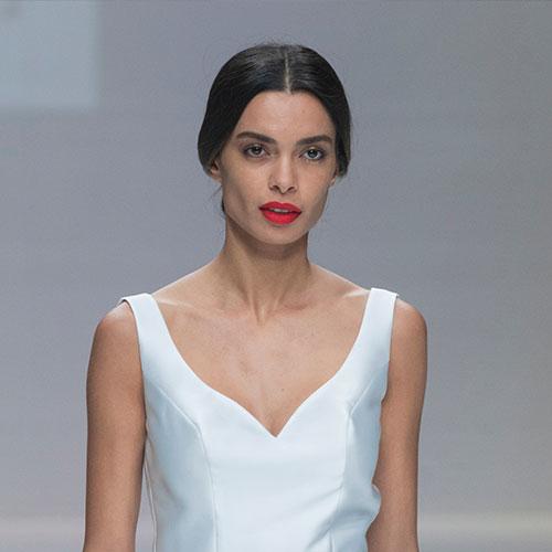 wedding-trends-2019-red-lips-2