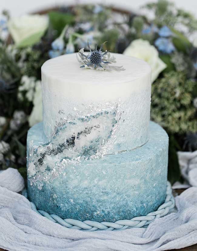 The Ultimate Inspiration To Have a Breathtaking Snowy Winter Wedding  Stylish Wedd Blog