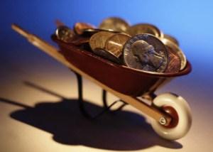 wheelbarrow_money