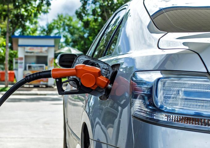 besparen op autohuur tips tankregeling