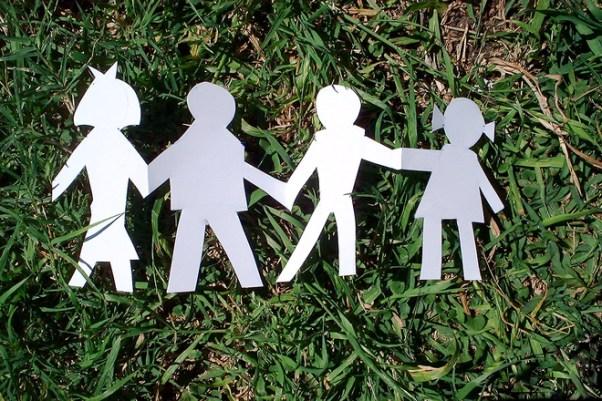 paper-family-1313628