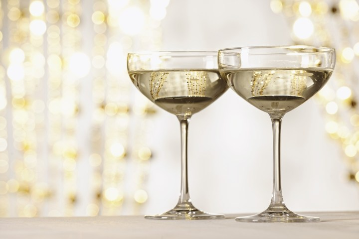 Champagne-glass-coupe