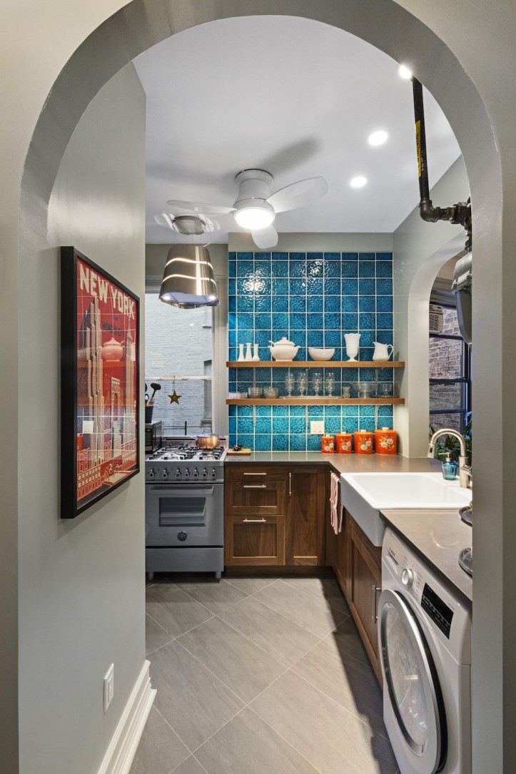 A Kitchen Sheds Its DeliStyle Quality