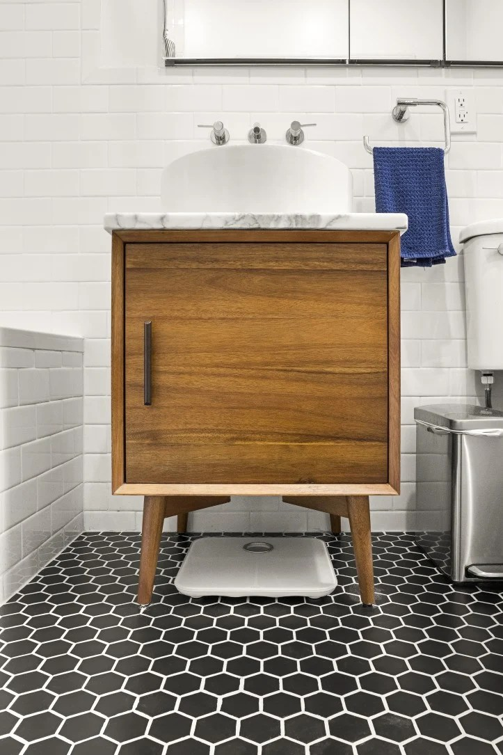 hex tile bathroom
