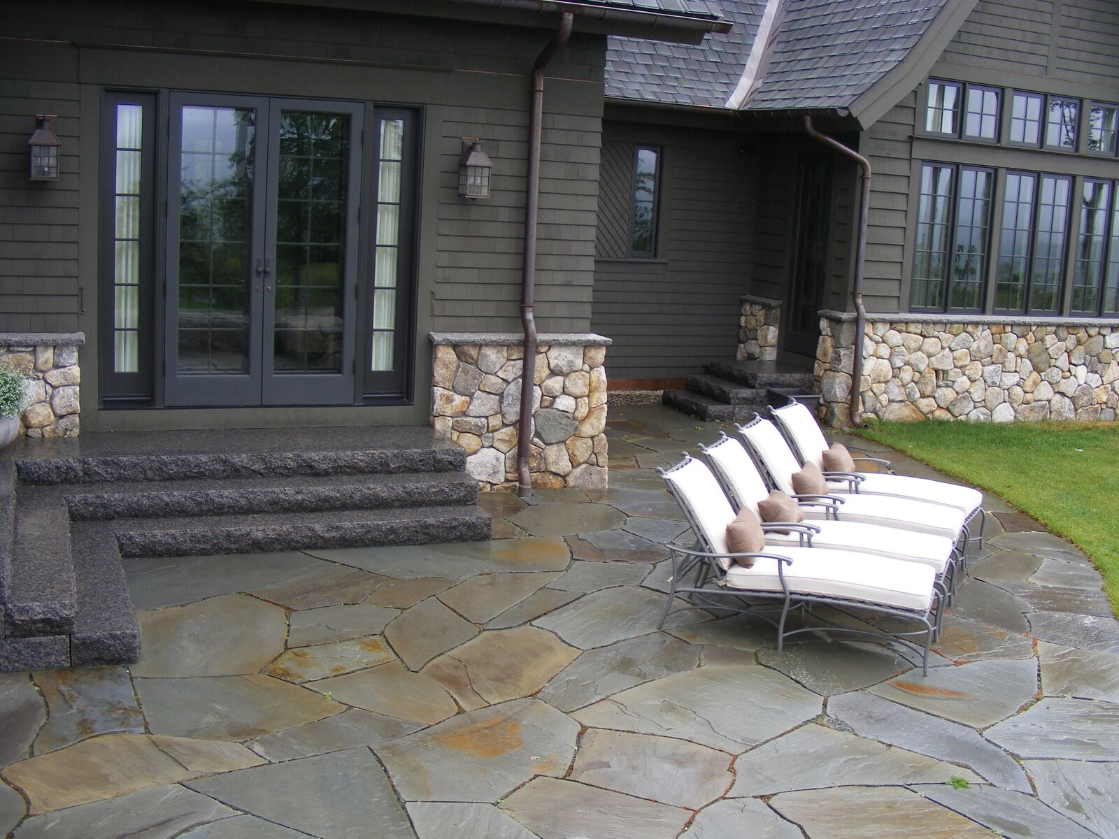 stone that naturally fits your patio design