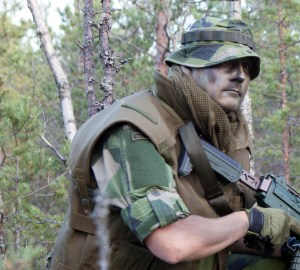 Field Boonie Hat M90 in Swedish forest