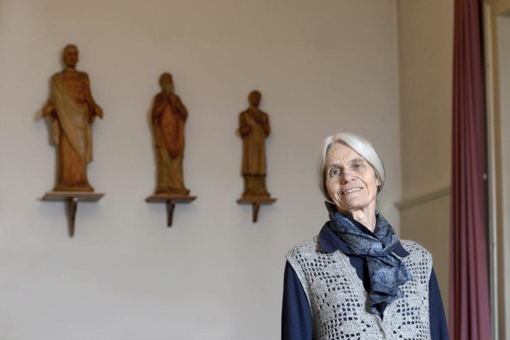 Mitten im Rotlichtbezirk Kreis 4 steht das Quartierkloster Philadelphia. Dort beten zwei Schwestern für die Menschen am Rande der Gesellschaft. Eine davon ist Marianne Bernhard. (Foto: Doris Fanconi)