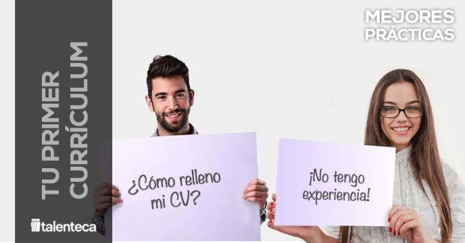 Imagen de dos jovenes buscando empleo y haciendo su primer curriculum