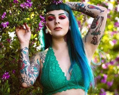 Tattooed Model Nicole Elizabeth