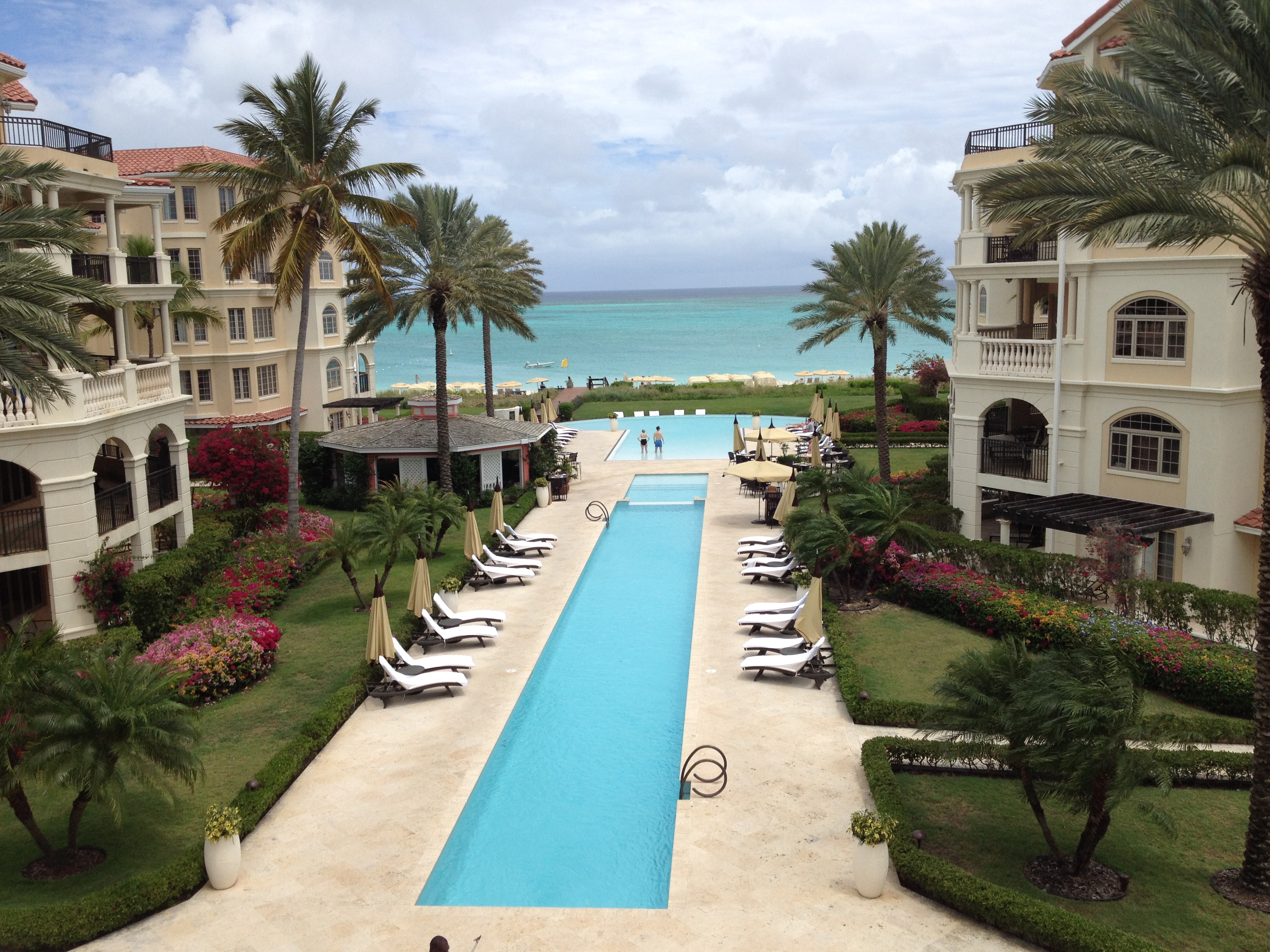 Savvy Spending: When To Book Your Summer Vacation For Maximum Savings image