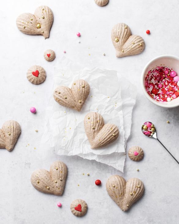 Heart-Shaped Chocolate Meringues | Teak & Thyme