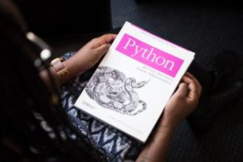 Na carreira de programador, sem dúvidas você precisa dominar linguagens.