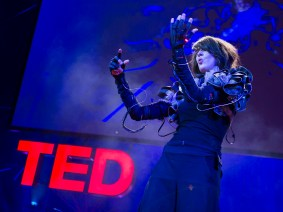 She has music in her hands: Imogen Heap at TEDGlobal 2012
