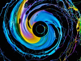 The art of science: Stunning, psychedelic images from Fabian Oefner