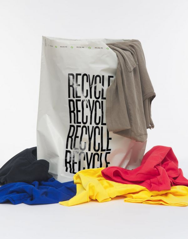 Sustainable clothing from For Days