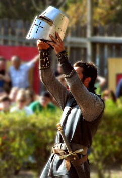 knight-930813_1280