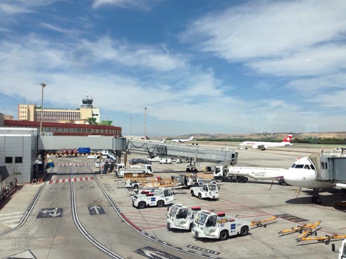 マドリード空港到着。