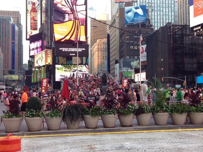 ここが、タイムズスクエア!