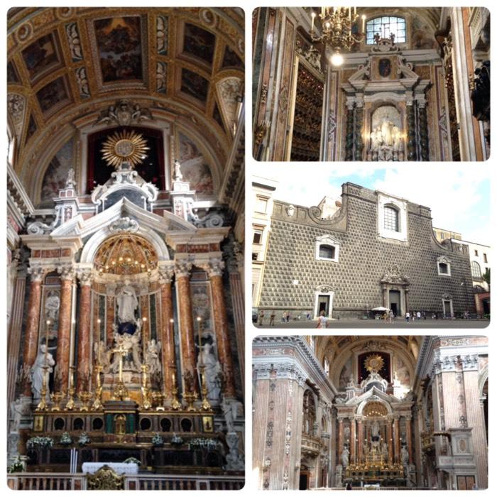 ナポリのジェズ ヌオーヴォ教会。
